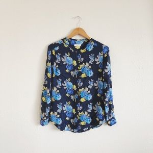 Equipment Femme Blue Floral Button Up blouse